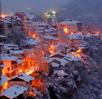 Veliko Turnovo at night in the snow